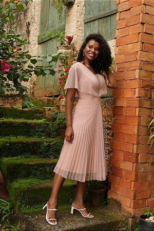 Vestido Lady Like, em tule de poá, saia plissada, bojo, e cinto faixa. Para madrinhas de casamento, e convidadas.