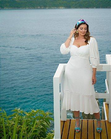 Vestido de noiva midi, manga 3/4, saia semi sereia, detalhes na manga e na saia