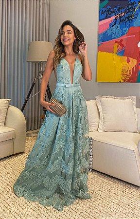 Vestido longo em tule bordado, com alças e cinto Chanel, para casamentos, madrinhas e formandas