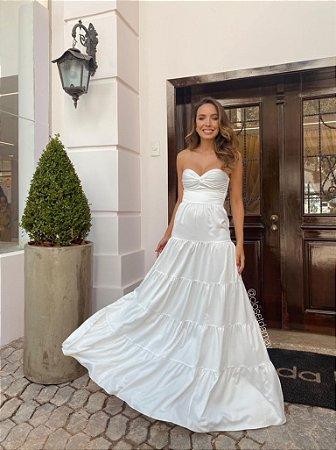 Vestido de noiva longo , tomara que caia , saia em camadas, ideal para seu casamento intimista