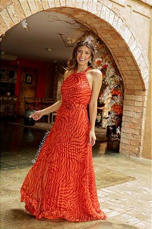 vestido longo animal print, frente única e saia plissada, para madrinhas e convidadas
