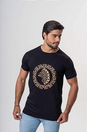 Camiseta Preta Maori Estampa Dourada
