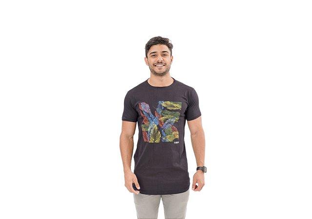 Camiseta Slim Masculina Folha Maori Preta
