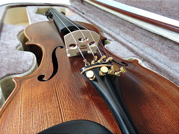 Violino Barth Violin 4/4 Profissional - Solid Wood + Estojo Super Luxo + Arco Octogonal + Espaleira
