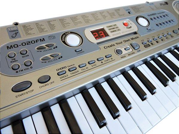 Teclado Infantil Musical 54 Teclas com Microfone + Fonte Bivolt - MQ-020FM