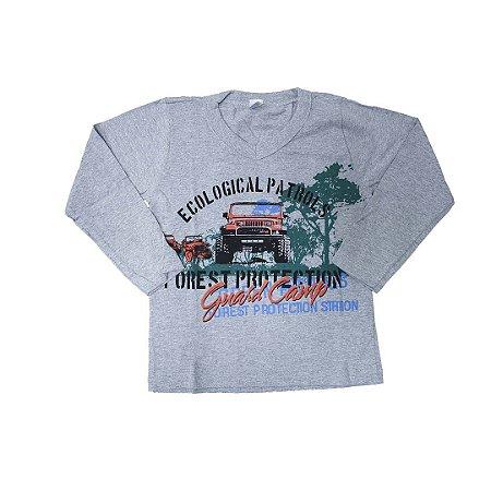 Camisa com decote em V
