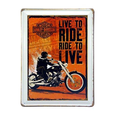 Placa de Metal Live To Ride Pequena DX-63