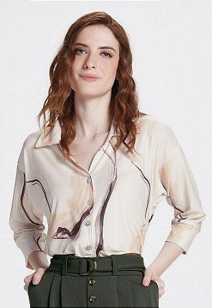 Camisa em Malha Crepe Padrão Marmorizado
