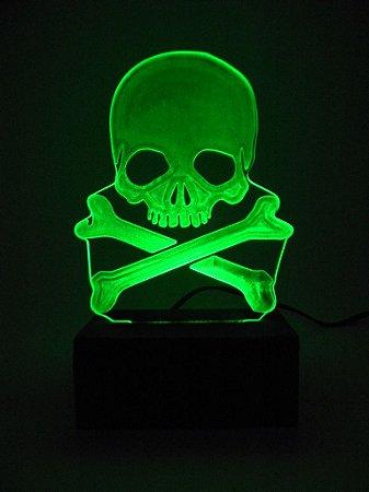 Luminária de Mesa Led Acrílico Caveira Pirata Bivolt Verde