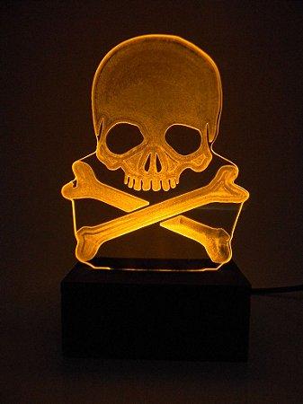 Luminária de Mesa Led Acrílico Caveira Pirata 15cm Amarelo