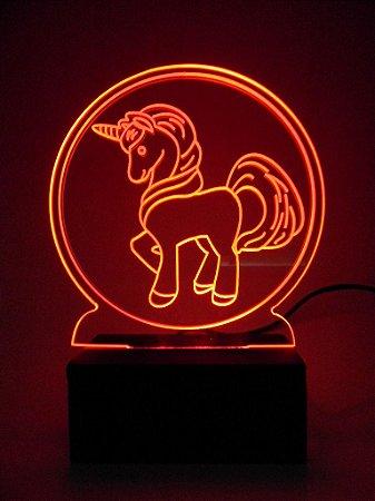Luminária de Mesa Led Acrílico Unicórnio Bivolt Vermelho