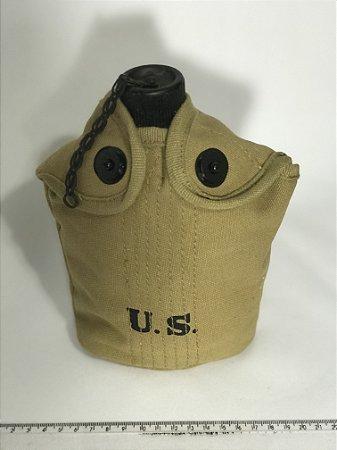 Cantil Militar com Caneco e Bolsa em Lona US Segunda Guerra Mundial