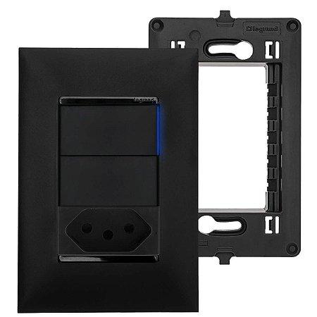 Tomada 10A Preta Com Interruptor Paralelo C/ Espelho Pial Plus+