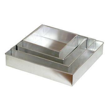 Conjunto Com 4 Formas quadradas Para Bolo Em Aluminio