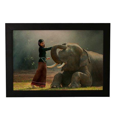 Quadro Decorativo Garota e Elefante