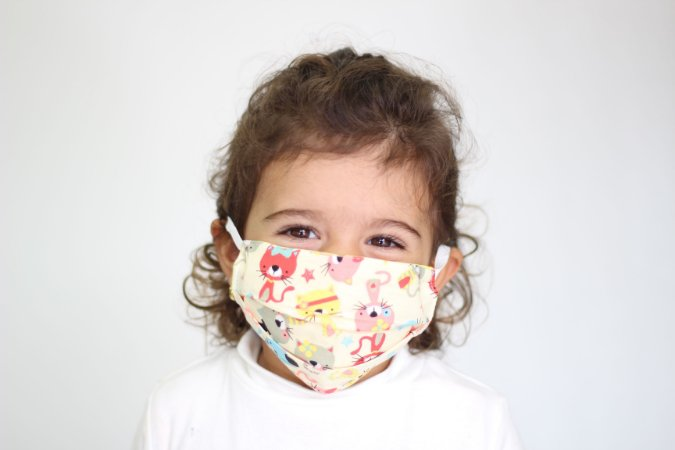 Máscara Infantil Gatinhos divertidos ( crianças de 2 a 5 anos)