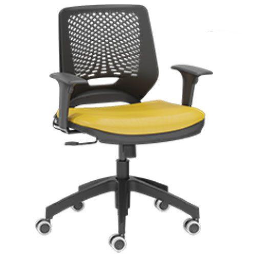 Cadeira Secretária em Polipropileno com Assento em Couro Ecológico Beezi
