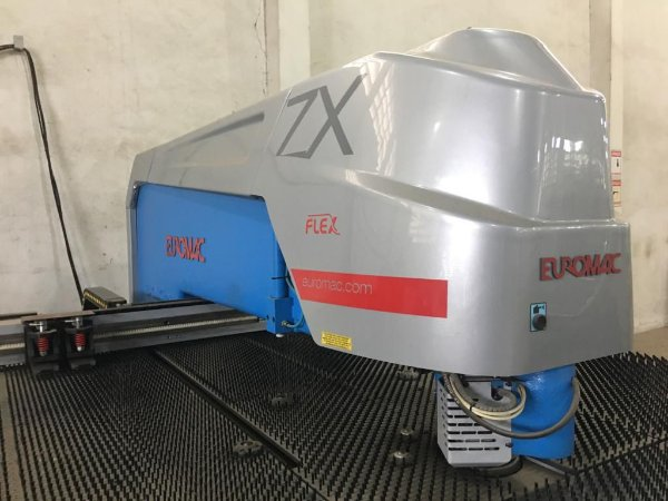 Puncionadeira CNC | Hidráulica | para Chapas Metálicas