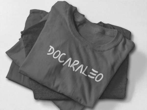 Docaraleo  t-shirt ou babylook