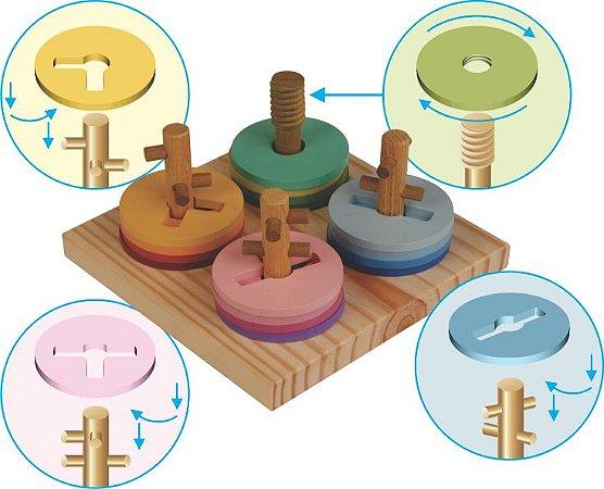 Brinquedo Educativo - Prancha de Seleção Passa Círculos