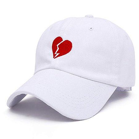 Boné Aba Curva Heartbroken (coração partido) - Preto e Branco