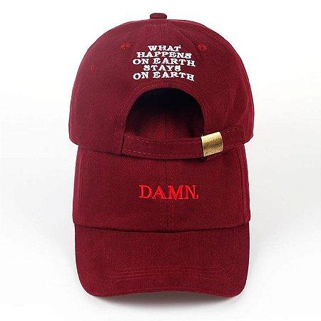 9f996f8add660 Boné aba curva DAMN - Kendrick Lamar - Bonés de Marca - Seu estilo ...