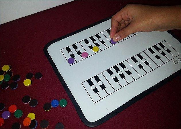 A15 - Quadro Magnético Teclado Color