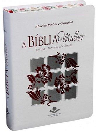 A Bíblia da Mulher - Capa Branca Borda Florida Almeida Revista e Corrigida