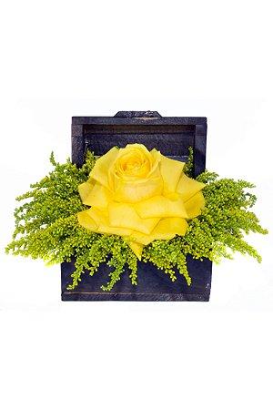 Arranjo de Flores Tesouro amarelo