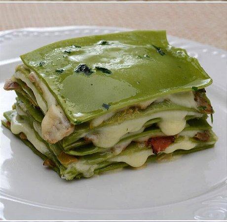 Lasagna Vegetariana grelhada massa verde recheada com legumes e mucarela 500 g abobrinha ,berinjela ,champignon