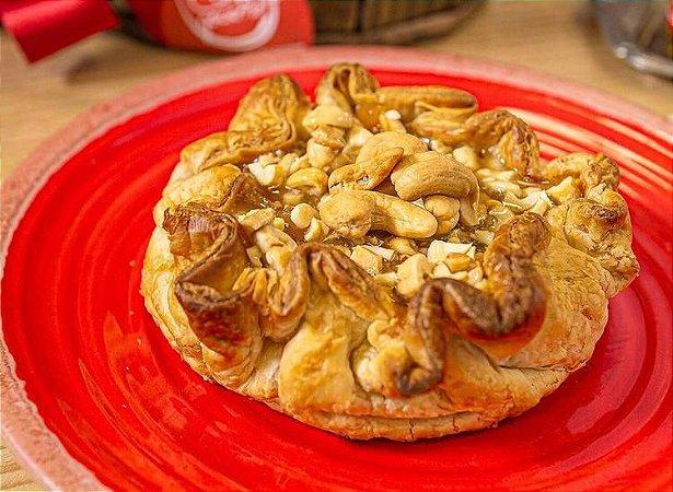 Caramelo de nozes para colocar no Queijo brie, uma deliciosa calda com pedaços de nozes e damasco. Peso 180g