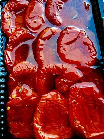 Antepasto de Tomates assados, ideal para comer como entradinha com pãezinhos, torradinhas ou acompanhar sua salada. Peso 250g