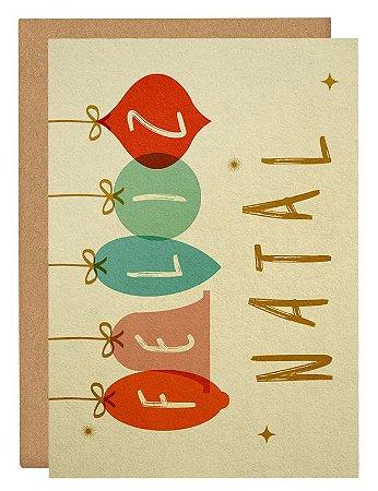 Cartão Feliz Natal enfeites coloridos