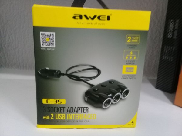 3 socket adapter / 2 usb interfaced