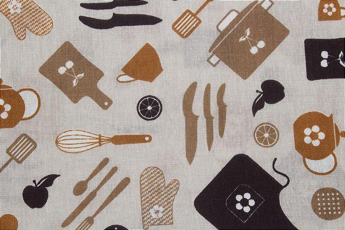 Tricoline Artigos De Cozinha Fundo Bege  ( 0,50 m x 1,40 m )