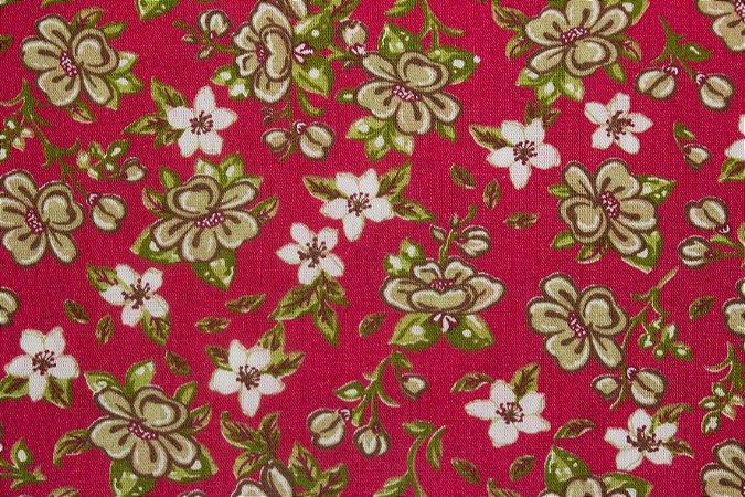 Tricoline Ramo De Flores Fundo Vermelho ( 0,50 m x 1,40 m )