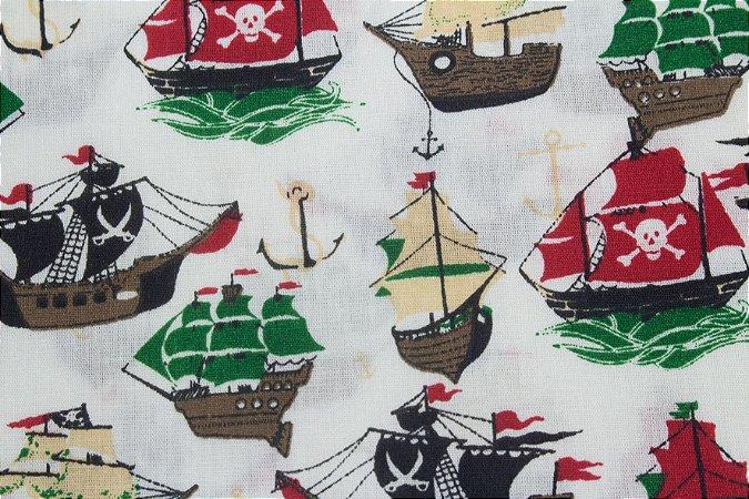 Tricoline Návio Pirata Fundo Branco ( 0,50 m x 1,40 m )