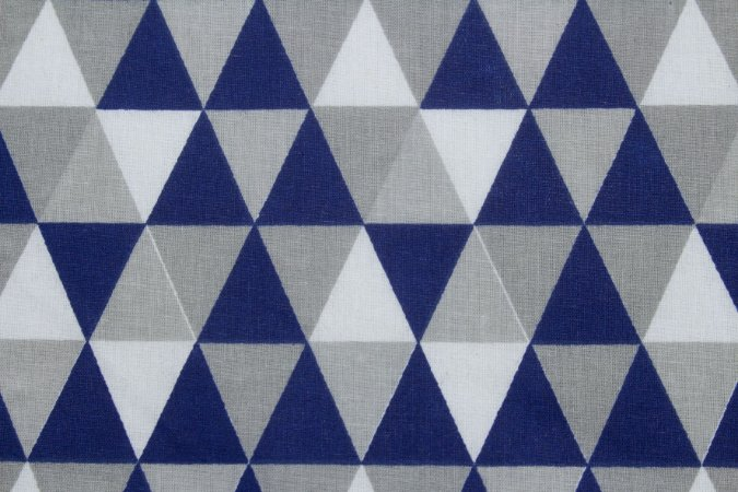Tricoline Triângulos Geométricos Azul Marinho ( 0,50 m x 1,40 m )