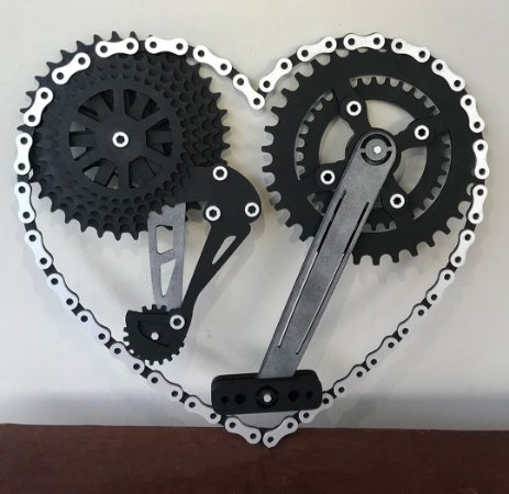 Quadro Coração Biker em Madeira mdf com relevo 50x56 cm