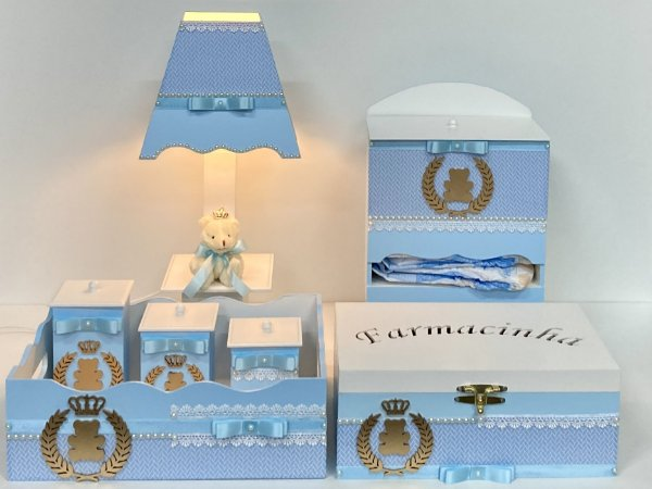kit higiene para bebê menino tema coroa de louro luxo 7 peças cor azul claro