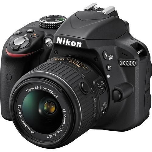 Câmera Nikon DX D3300 com Lente AF-P DX 18-55mm f/3.5-5.6G VR