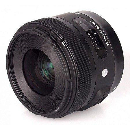 Lente Sigma DC 30mm f/1.4 HSM Série ART para Nikon