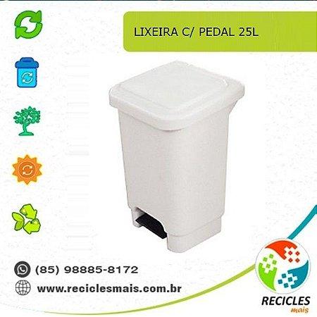 LIXEIRA C/ PEDAL 25L
