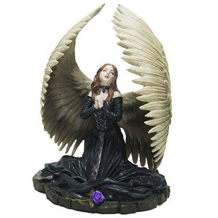 Estátua importada, Fada da Oração
