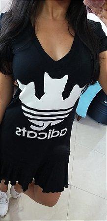 Vestido AdiCats pretinho com babado