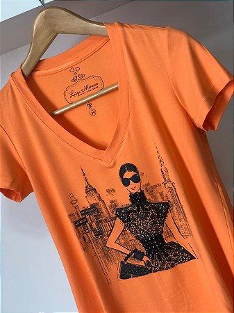 T-Shirt New York laranja bordada