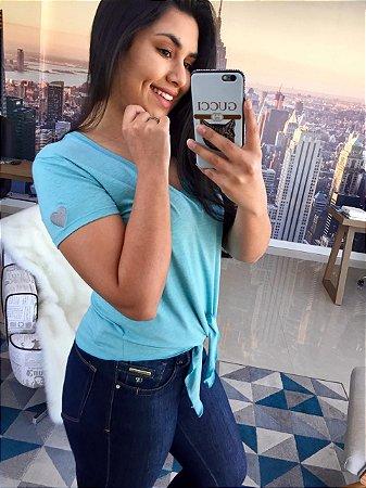 T-Shirt Azul com nózinho