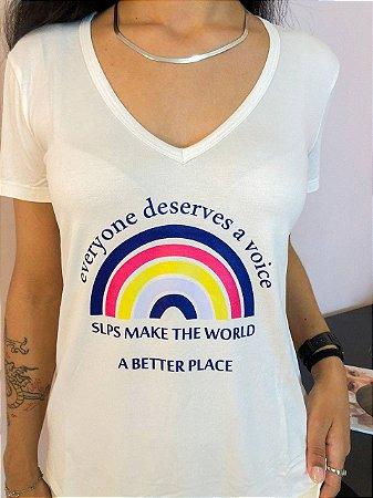T-Shirt Everyone Deserves a Voice (projeto @juntospeloteteo)