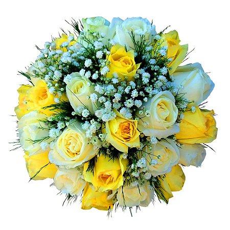 Buquê de Noiva com 12 Rosas Nacionais Amarelas e 12 Rosas Brancas