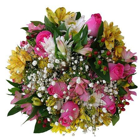 Buquê com Rosas Cor de Rosa e Astromélias